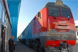 Первый состав с новым брянским тепловозом отправился по Дальневосточной железной дороге