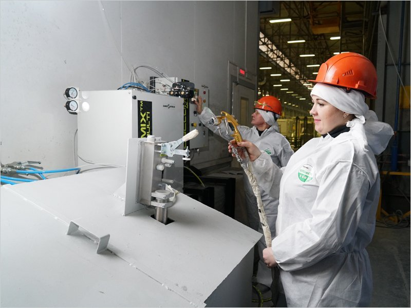 Вслед за полной автоматизацией сварки БМЗ стремится к максимальной автоматизации процесса окраски