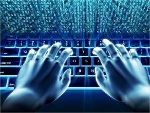 Восемь из десяти российских компаний сталкивались с кибератаками в прошлом году