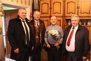 «Навстречу году 75-летия Великой Победы!»: брянские единороссы поздравляют ветеранов