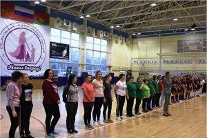 «Мамы, вперёд!»: в Брянске состоялся первый социальный футбольный турнир
