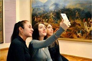 Брянские музеи поддержат Международную акцию #MuseumSelfie