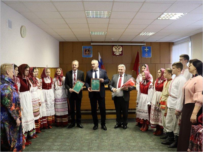 Брянские единороссы поздравили погарский «Ручеёк» с победой на международном конкурсе