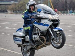 Брянские полицейские хотят пересесть на мотоциклы, чтобы гоняться за байкерами
