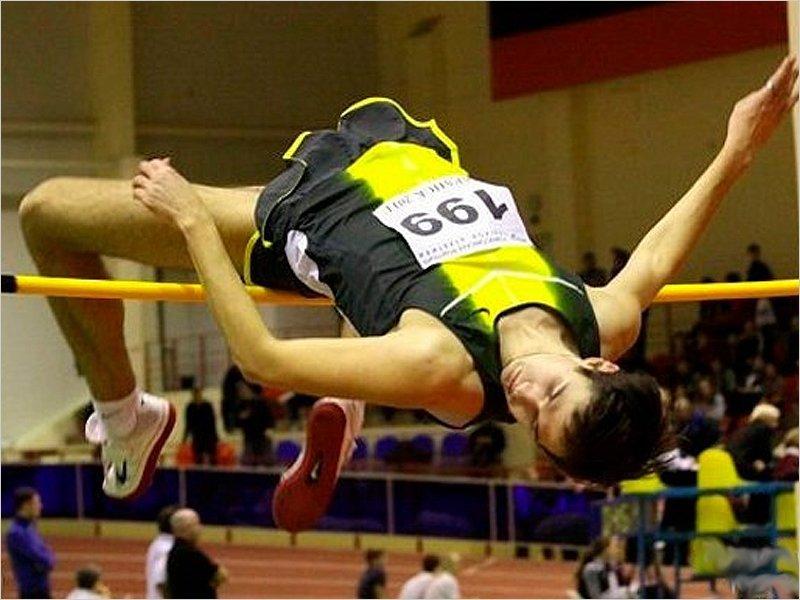 Брянский легкоатлет завоевал бронзовую медаль чемпионата Москвы