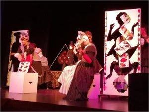 Брянский театр кукол выходит с каникул «Пастушкой и трубочистом»