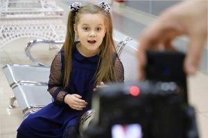 Юная клинчанка набрала родительскими роликами более 120 тысяч подписчиков в Likee