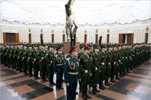 Накануне Нового года новобранцы из Брянской области стали солдатами легендарного Преображенского полка