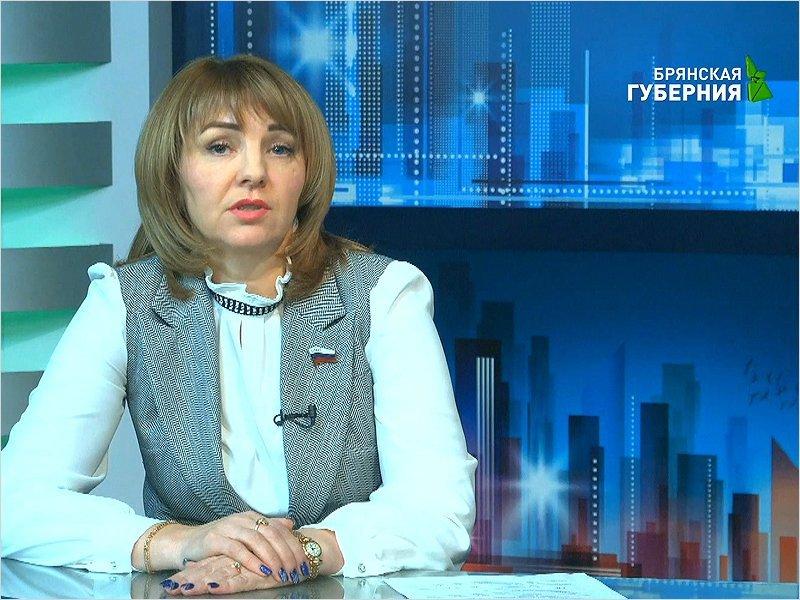 Сенатора Галину Солодун бросили на телеамбразуру —  конкретизировать губернаторские слова