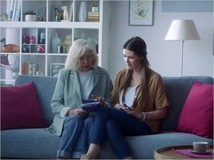 Проект Tele2 «Переведи бабушку в интернет» вышел на экраны ТВ