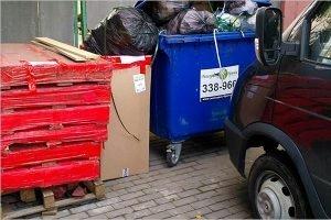 Запаркованные во дворах Брянска машины будут эвакуировать на штрафстоянку