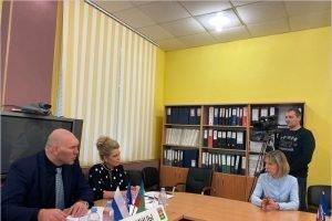 Ремонт школы и сельского ДК будет в 2020 году:  Николай Валуев провёл приём граждан в Клинцах