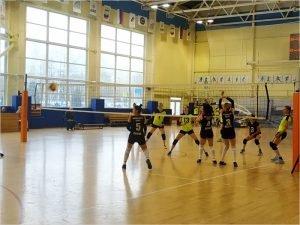 Волейбольный «Брянск»  в первом туре потерпел два болезненных поражения от «Рязани»