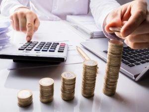 Брянские налогоплательщики за январь нового года заплатили более 5 млрд. рублей налогов