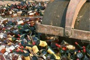 Российское правительство одобрило уничтожение конфискованного алкоголя по решению суда
