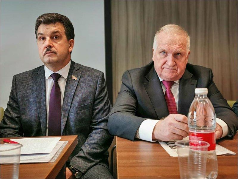 Брянские коммунисты достали всех: конференция левых и народно-патриотических сил