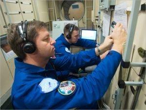 Андрей Бабкин и Николай Тихонов начали сдавать практические экзамены перед полётом на МКС