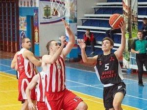 Баскетбольный «Брянск» закончил второй круг первенства ЦФО двумя победами над Липецком