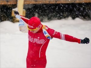 Александр Большунов проиграл финал спринта на ЧМ в Оберстдорфе