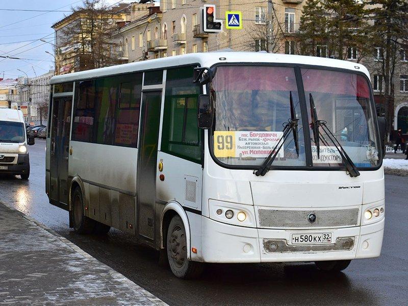 В Брянске муниципальные автобусы прекратили обслуживать маршрут №99