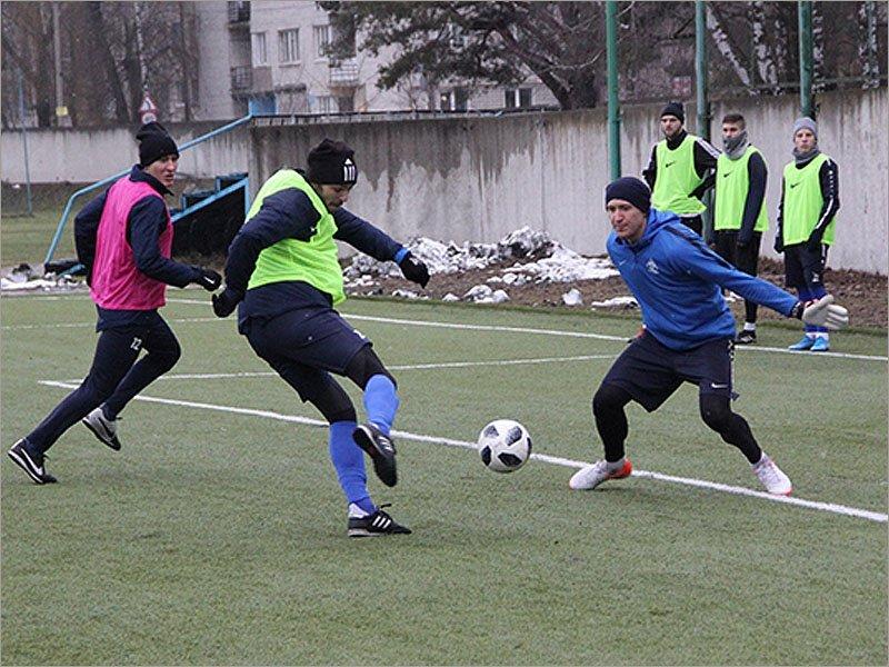 Брянское «Динамо» вышло из отпуска, футболисты приступили к тренировкам