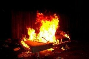 В Клинцах ликвидирован пожар в квартире, есть пострадавший