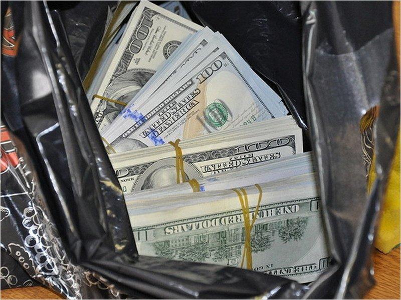 Провоз денег через российскую границу теперь должен сопровождаться документом об их происхождении