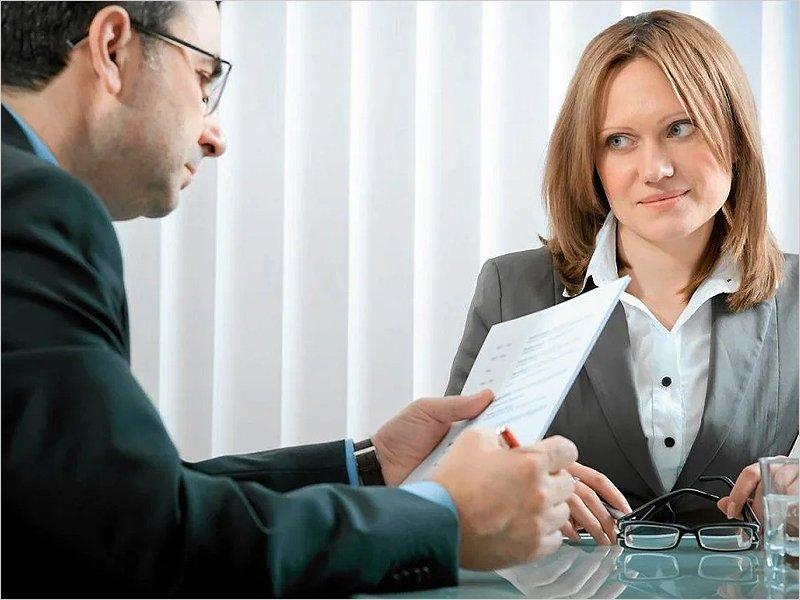 Большинство работодателей уверены, что женщин нужно спрашивать о перспективах «декрета» – HeadHunter