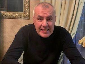 Брянский бизнесмен-блогер Александр Коломейцев тянет за собой в колонию и своего информатора