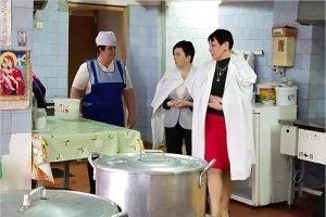 Брянская область отрапортовала о полной готовности кормить младшеклассников горячей картошкой