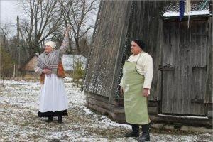 В Овстуге торжественно открыта отремонтированная ветряная мельница