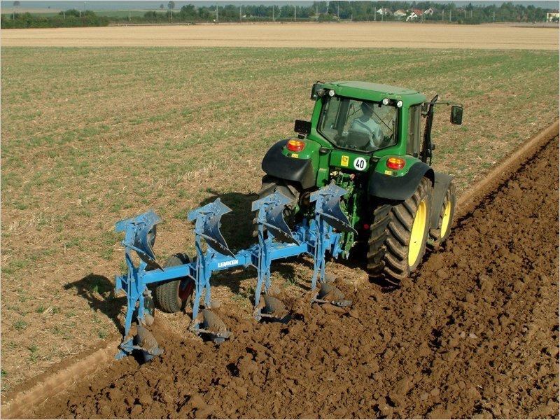 В Брянской области за два года будет распахано более 100 тыс. га неиспользуемых земель