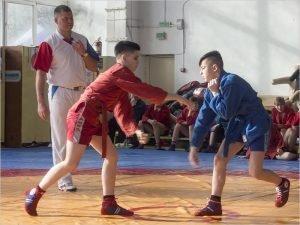Открытое первенство Брянска выиграли самбисты СШОР по борьбе и самбистки клинцовского «Луча»