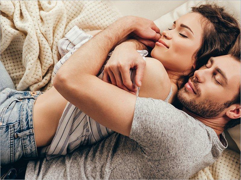 Два-три раза в неделю: определено идеальное для здоровья количество секса