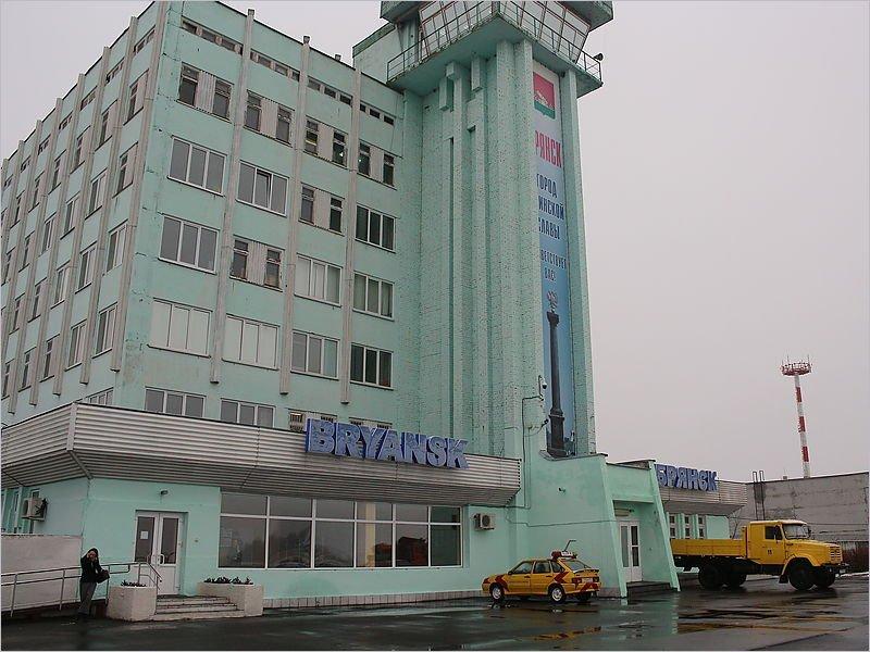Брянские пассажиры проголосовали за рейсы в Екатеринбург и Мурманск