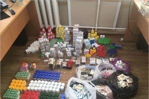 Пограничники перехватили анаболики и стероиды, которые ввозили из Белоруссии в Россию через Брянск