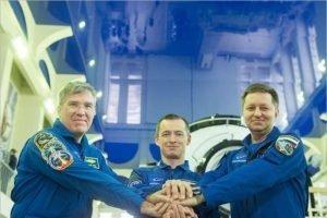 Экипажи МКС-63 «в связи с коронавирусом» отправились на космодром без традиционной пресс-конференции
