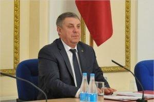 «Ничего не имею против»: Владимир Путин благословил Александра Богомаза на выдвижение в губернаторы