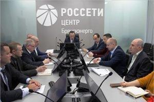 Специалисты «Брянскэнерго» успешно ликвидировали условную аварию в сетях Выгоничского района