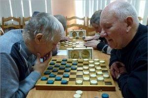 В Брянске прошло областное первенство по стоклеточным шашкам среди слепых