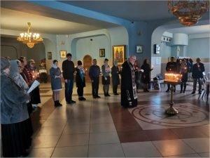 В брянском кафедральном соборе помянули детей, умерших от онкологии