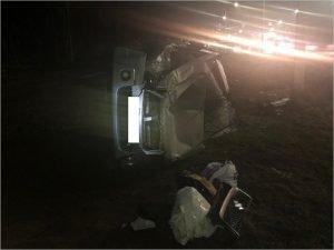 Внедорожник Suzuki не доехал до Брянска и улетел в кювет, пострадали два человека