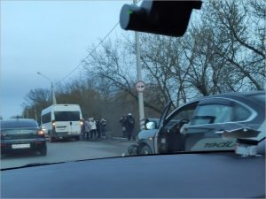 Водитель иномарки в Брянске спровоцировал ДТП и выкидыш у беременной женщины