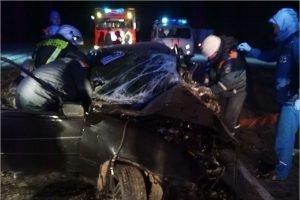 В искорёженной легковушке между Брянском и Карачевом погиб 19-летний водитель