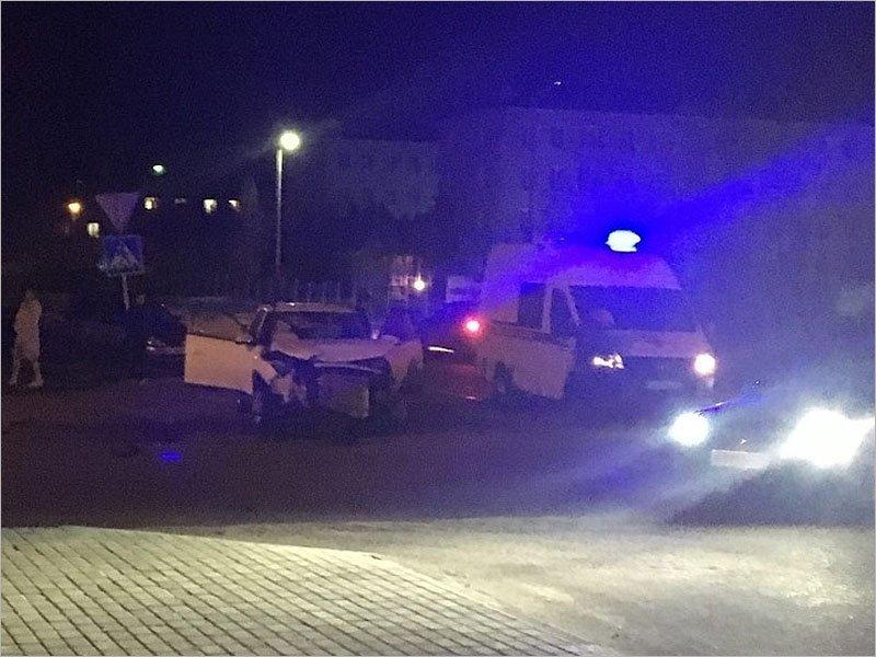 В Клинцах водитель BMW едва не вылетел через лобовое стекло