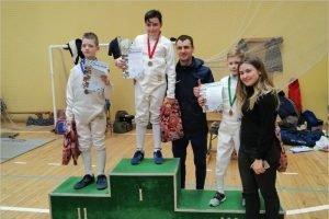 Юный фехтовальщик из Брянска выиграл международный турнир в Гомеле