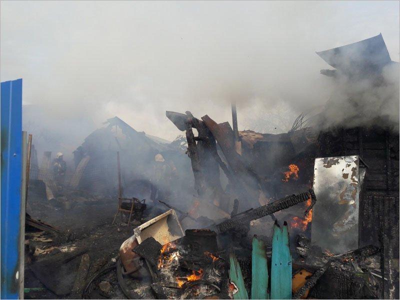 В посёлке Октябрьском под Брянском сгорел дом. Жертв нет