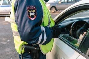В Клинцах водитель, напавший на инспектора ГИБДД, получил 3,5 года условно