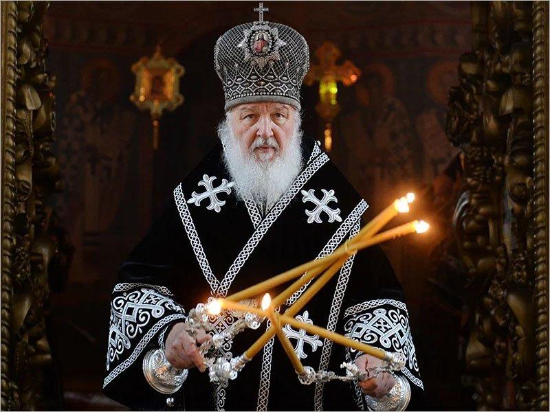 Патриарх Кирилл призвал верующих до особого благословения воздержаться от посещения храмов