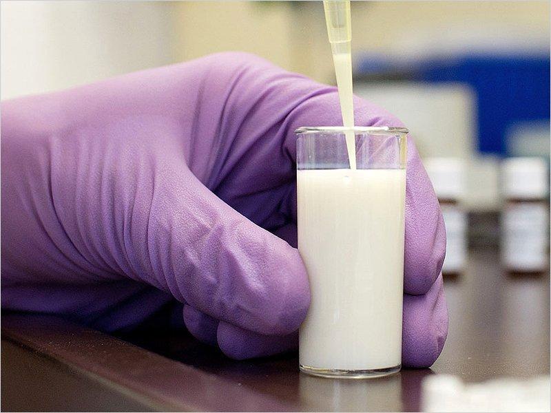 «Брянский гормолзавод» оштрафован на 150 тысяч за «химический» кефир для детсада